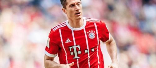 Vor Saison-Auftakt | Eskaliert der Streit mit Lewandowski? - FC ... - bild.de