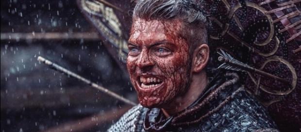 Alex Høgh Andersen offers updates on 'Vikings' (via spicypulp.com)