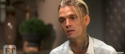 Aaron Carter showed off his improved body to the social media two weeks following rehab. YouTube/ET