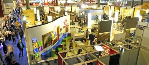 La Feria del Libro de Fráncfort es un evento donde se desarrollan negociaciones entre libreros y editoriales.