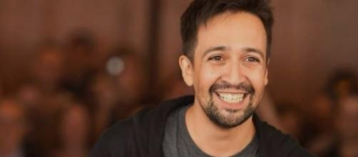 Lin-Manuel Miranda flexes his star power in bringing together artists to sing with him for Puerto Rico.[Image Credit: 24h News/YouTube]