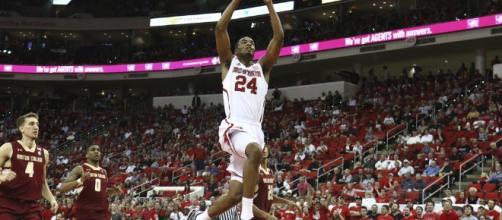 TJ Warren goes for the dunk. (via Flickr/Jerome Carpenter)