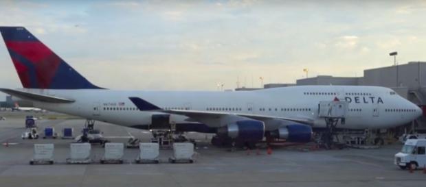 5 longest flights in the world. [Image Credit: SDMullis/YouTube]