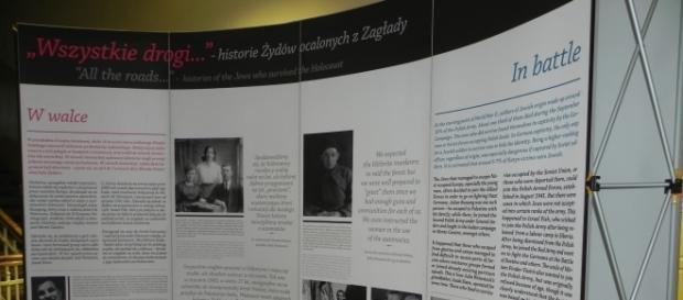 Fragent wystawy 'Wszystkie drogi...- historie Żydów ocalałych z Zagłady' (fot. Krzysztof Krzak)