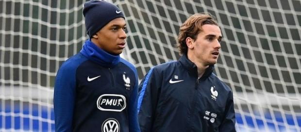 Mbappé demande au PSG de recruter Griezmann !