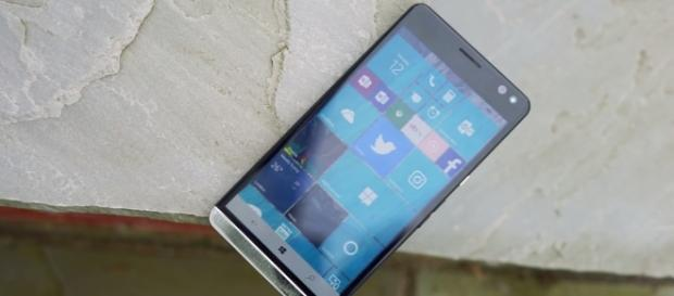 Wasted potential as HP discontinues Elite X3 due to Micorosoft's dwindling mobile support. | Credit - (MSPowerUser/YouTube screenshot)