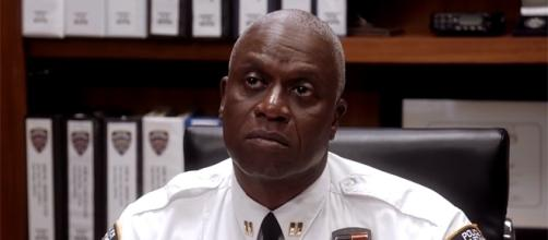 Captain Holt put his career on the line to get Jake and Rosa out of jail. (tvpromosdb/YouTube)