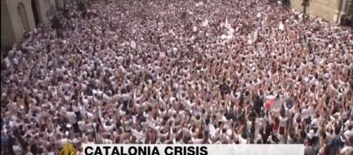 Catalonia vote: Thousands rally for unity in Madrid, Barcelona Image - Al Jazeera   YouTube