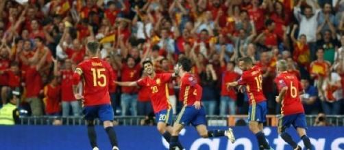 España ganó su boleto para participar en el Mundial de Rusia 2018 - puntopenalti.com