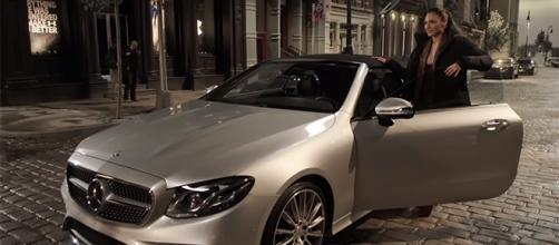 Gal Gadot is impressed with Diana Prince's Mercedes E-Class Cabriolet. (Mercedes-Benz/YouTube)