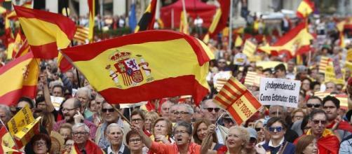 Independencia de Cataluña: Miles de personas se manifiestan en ... - elconfidencial.com