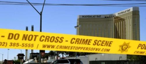 Lugar de la masacre de Las Vegas acordonado por la Policía.