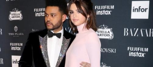 The Weeknd sempre amoroso do lado de Selena