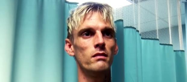 Aaron Carter has decided to check out of rehab after just 14 days of treatment. (The Doctors/YouTube)