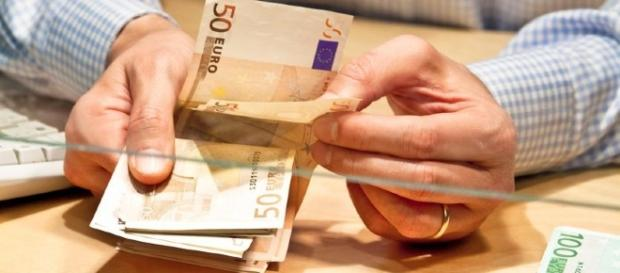 Abruzzo, indennità mensile di 600 euro