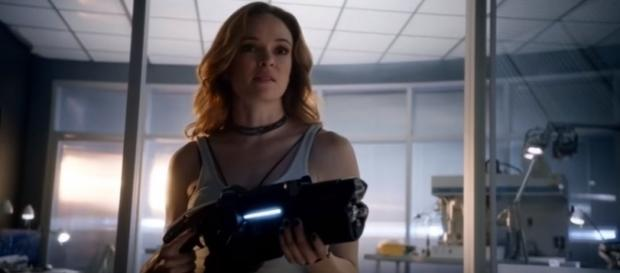 "Danielle Panabaker returns as Caitlin Snow aka Killer Frost in ""The Flash"" Season 4. (Photo:YouTube.Series Trailer MP)"