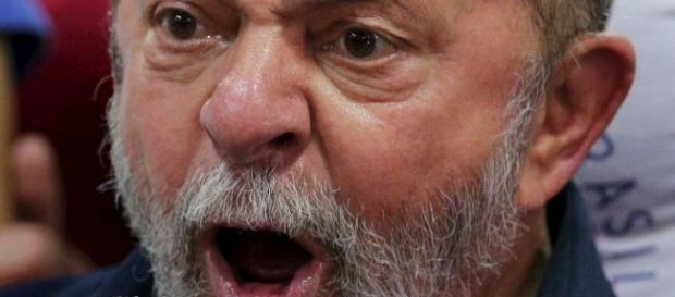 """Lula diz que está """"estarrecido"""" com o levantamento"""