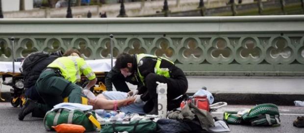 Paura a Londra: si teme un' attacco dell' Isis, ma alla fine è un incidente