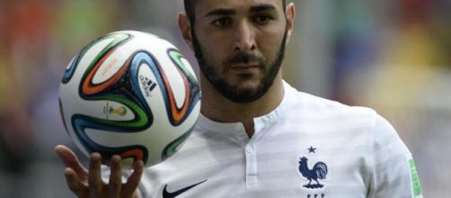 Coupe du monde 2014 - Bleus : Benzema ne veut pas du couloir ... - eurosport.fr