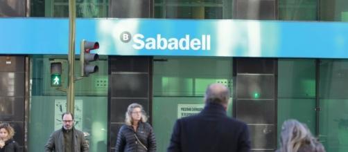 Fuga de empresas en Cataluña: las compañías que se han ido y las ... - teinteresa.es