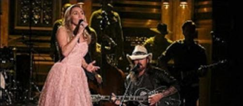"Miley Cyrus created touching musical memories with dad, Billy Ray, with Tom Petty's ""Wildflowers."" Screencap Clever News/YouTube"