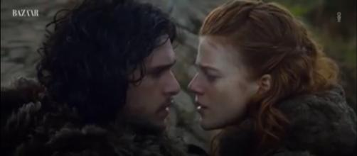 Rose Leslie walks hand-in-hand with fiancé; flashes her engagement ring--Image via: Harper's BAZAAR/YouTube screenshot