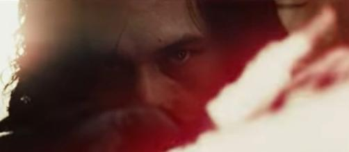 'Star Wars 8': Kylo Ren finally reunites with Luke Skywalker in 'The Last Jedi' -- [Image Credit: Star Wars/YouTube]