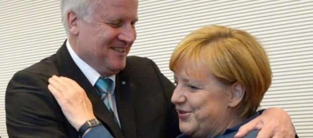 Horst Seehofer und Angela Merkel sollen sich geeinigt haben - merkur.de