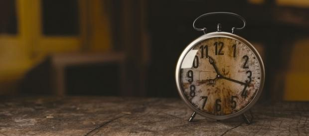 Reloj antiguo que con cada segundo suma una historia
