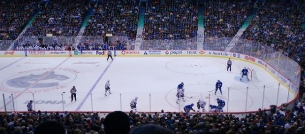Vancouver Canucks in Rogers Arena (Image via Creative Commons/Sebastian Launay)