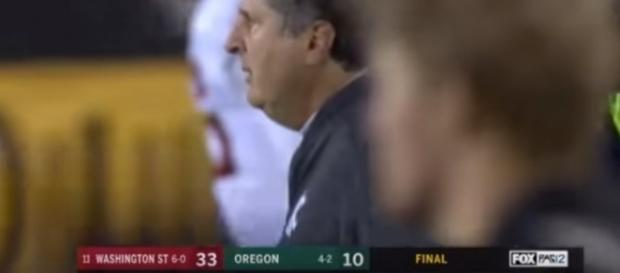 Washington State beat Oregon 33-10 on October 8, 2017. -- Youtube screen capture / ESPN
