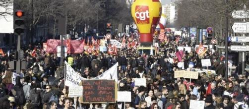 A la Une | Réforme du travail : la CGT appelle à la grève le 12 ... - dna.fr