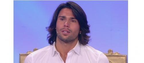 Gossip Grande Fratello VIP: Luca Onestini soffre per Soleil nella Casa.