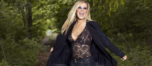 Anastacia festeggia con un nuovo disco