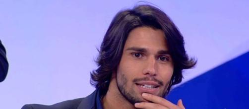 Luca Onestini slasciano in diretta tv