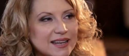 Radio host Delilah reveals son took off his life. (Image Credit: CNN/YouTube)