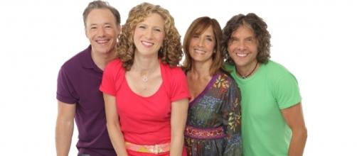 The Laurie Berkner Band creates family-friendly music. / Photos via Jayme Thornton and Steve Vaccariello, used with permission.