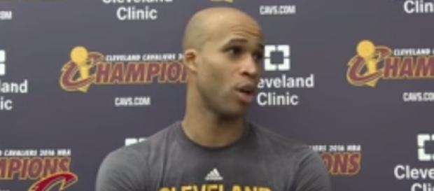 Adrian Wojnarowksi added that the Cavs are attempting to trade Jefferson - image - NBALife/Youtube