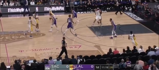 Sacramento Kings #LosAngelesLakers; (Image Credit: : Ximo Pierto/Youtube)