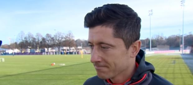 Interview with Robert Lewandowski Image - FC Bayern Munich | YouYube