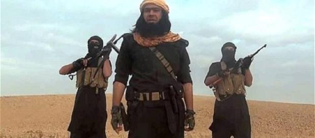 ISIS fighters [Image courtesy of Alibabak16 wikimedia commons]