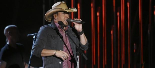 Jason Aldean returns to Las Vegas after mass shooting incident. (Wikimedia/Disney | ABC Television Group)