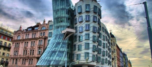 Praga, la Città sospesa tra leggende e magia - zon.it
