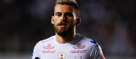 Lucas Lima atualmente está no Santos