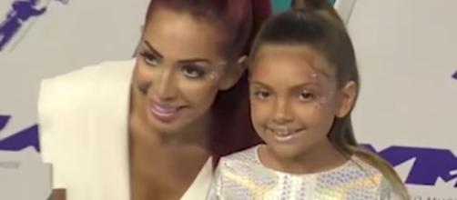 Farrah Abraham and her daughter [Image by PeopleTV/YouTube]
