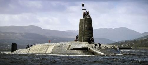 HMS Vigilant (S30) - HowlingPixel - howlingpixel.com