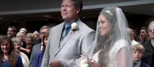 Jessa Duggar and Jim Bob Duggar [Image by TLC/YouTube]