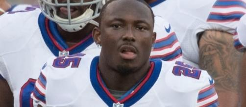 LeSean McCoy is looking to help the Bills reach the playoffs for the first time in 18 years. Image Source: Flickr | Keith Allison