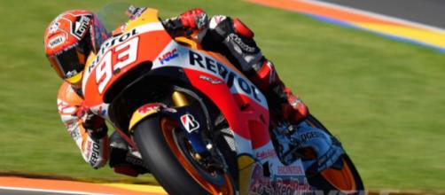 MotoGP 2015 UPDATE: Lorenzo on Pole at Valencia | Cycle World - cycleworld.com