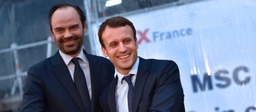 Sondage : cote de confiance en hausse pour Macron et Philippe - rtl.fr